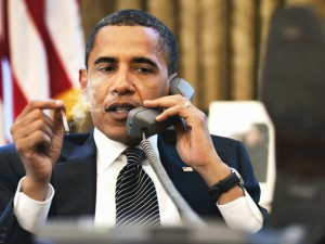 Picture of Obama Smoking a Ciggerette