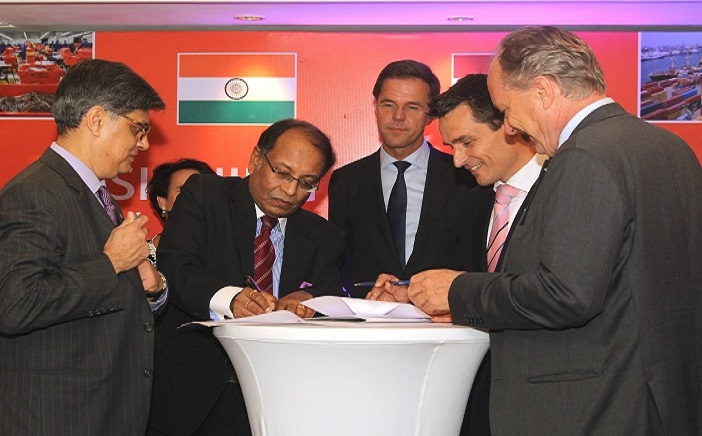 NATHEALTH Sr Vice President Mr. Rahul Khosla (left) SG Mr. Anjan Bose (second from left), signs MoU with TFHC in presence of the Netherlands PM Mr. Mark Rutte,at Taj Palace in New Delhi on Thursday.