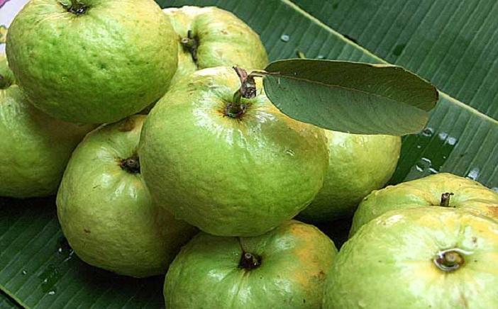 eating-for-beauty-a-seasonal-fruit-for-fabulous-skin